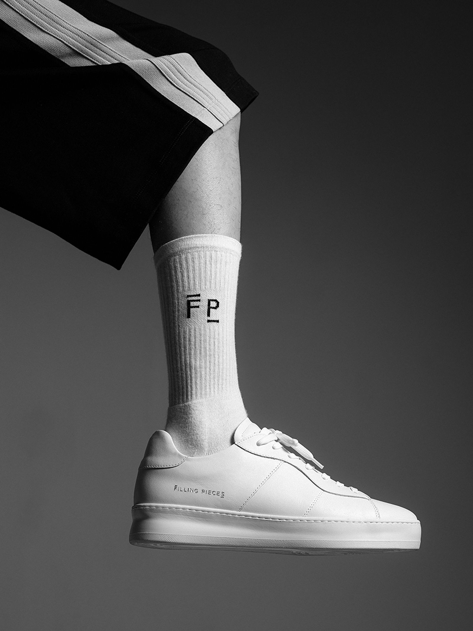 filling pieces low plain court fw19 release date price