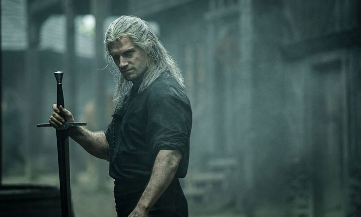 Henry Cavill as The Witcher Netflix
