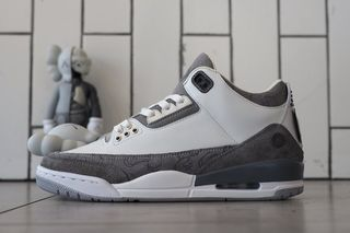 the best attitude 6d6e4 bbb6b This Is What a KAWS x Nike Air Jordan 3 Could Look Like