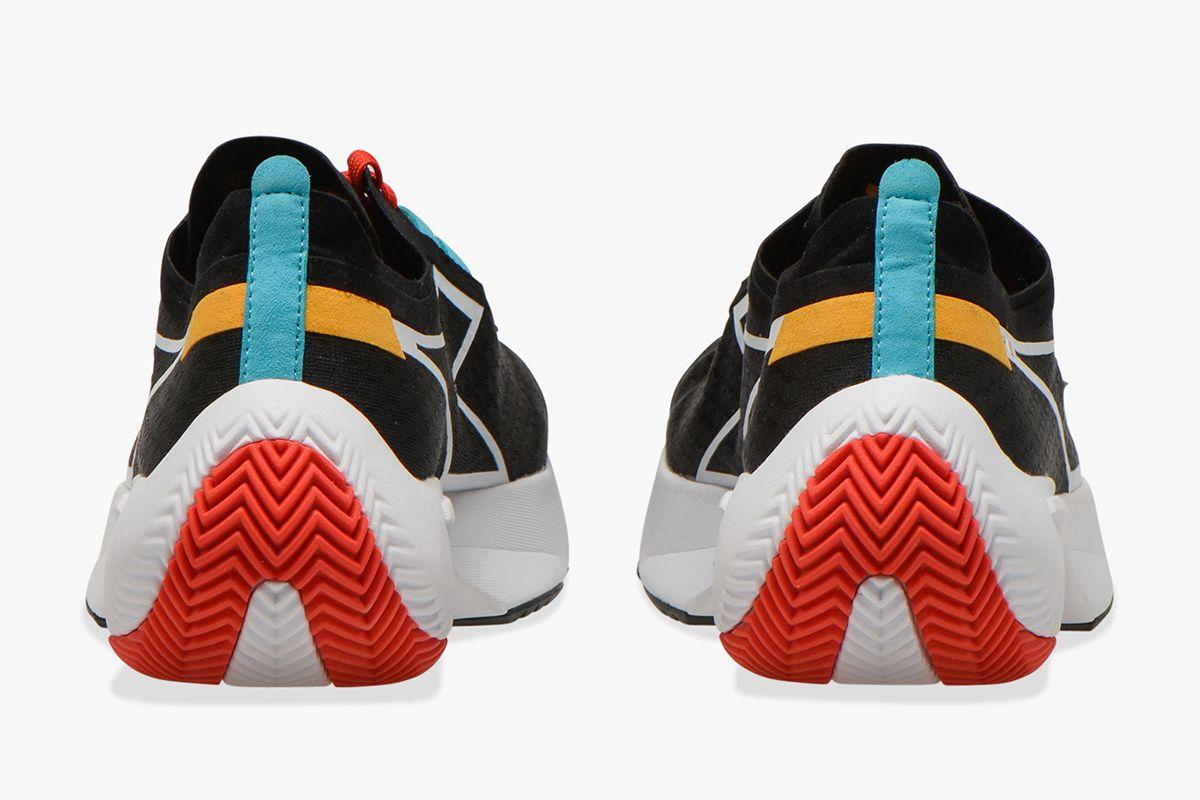 Junya Watanabe Resurrects a Forgotten New Balance & Other Sneaker News Worth a Read 49