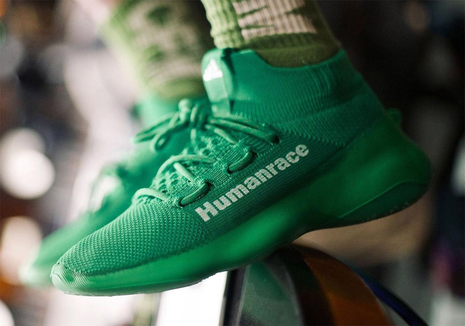 pharrell-williams-adidas-human-race-sichona-info-02