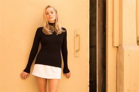 once upon a time in hollywood margot robbie sharon tate first look quentin tarantino