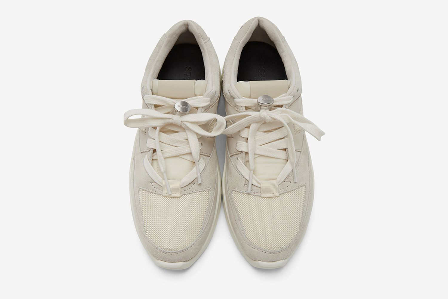 Distance Sneakers