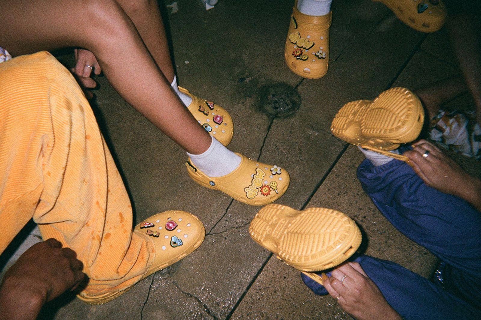 crocs-main