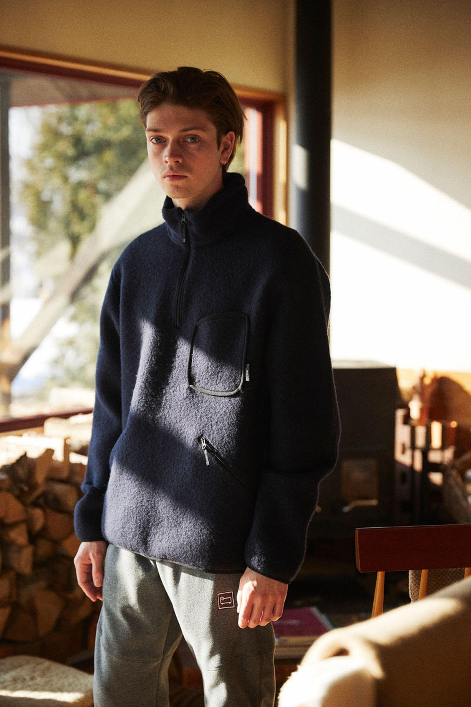woolrich-outdoor-fallwinter-2021-collection-lookbook-03