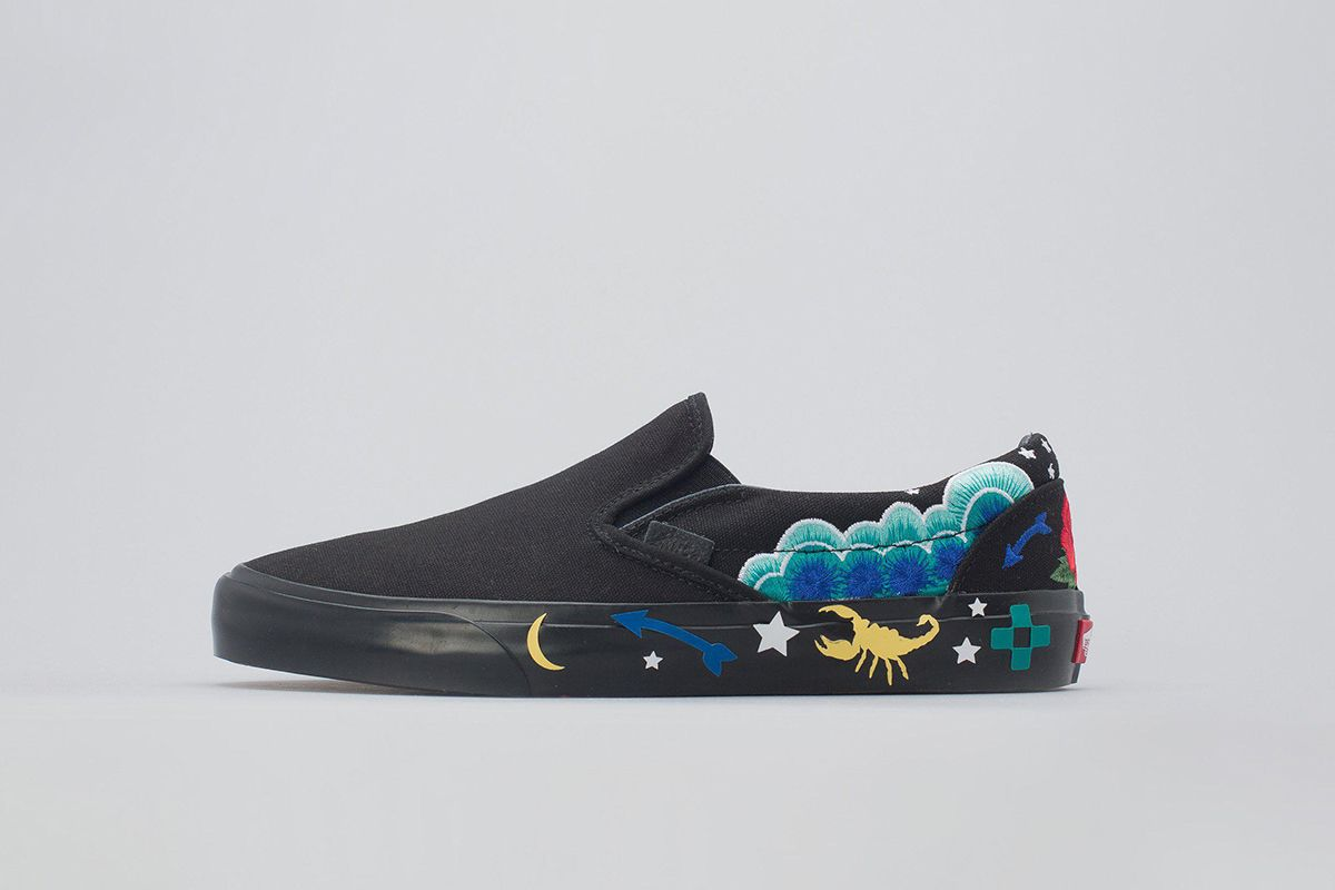 Slip-On Desert Embellish