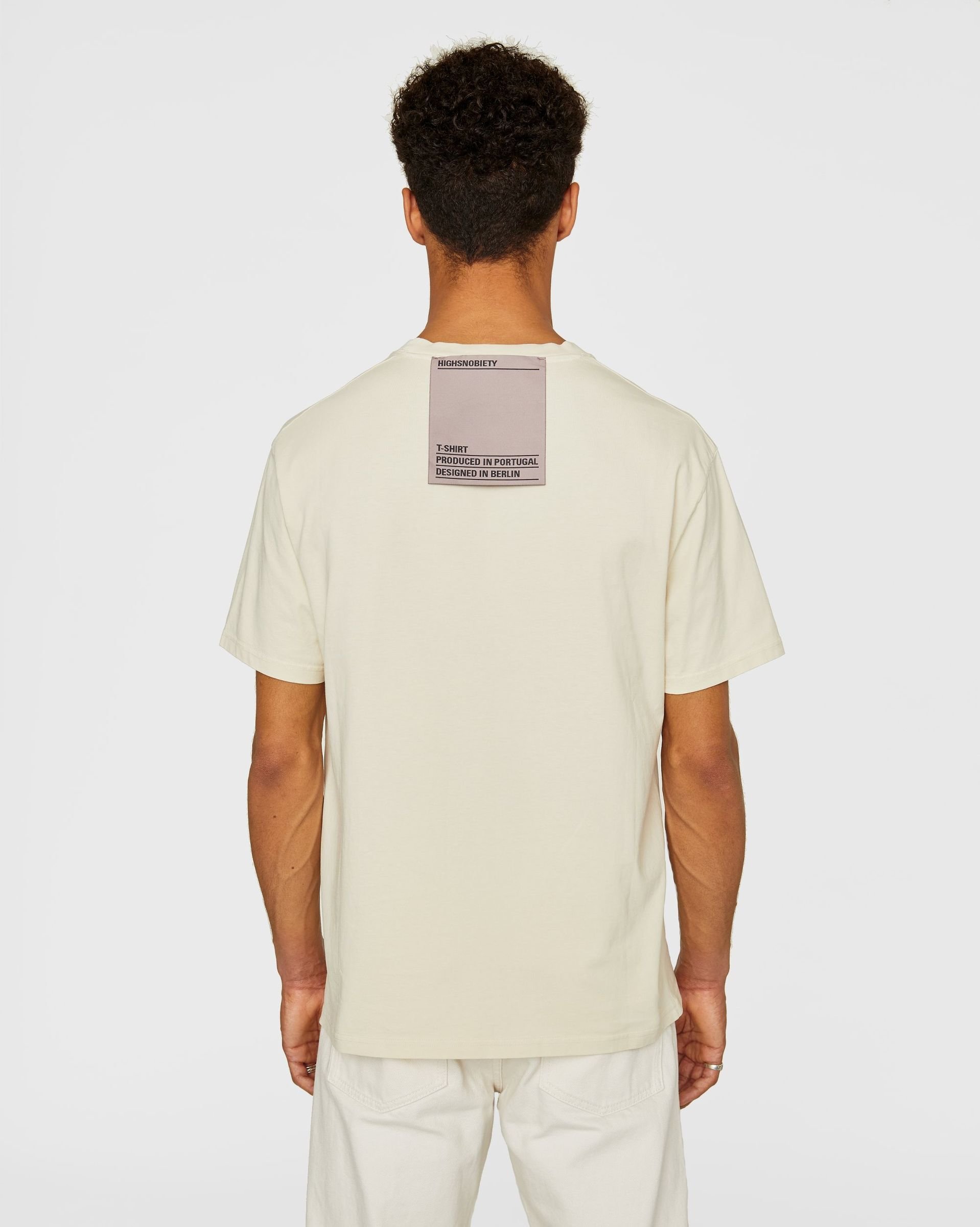 Highsnobiety Staples - T-Shirt Eggshell - Image 3