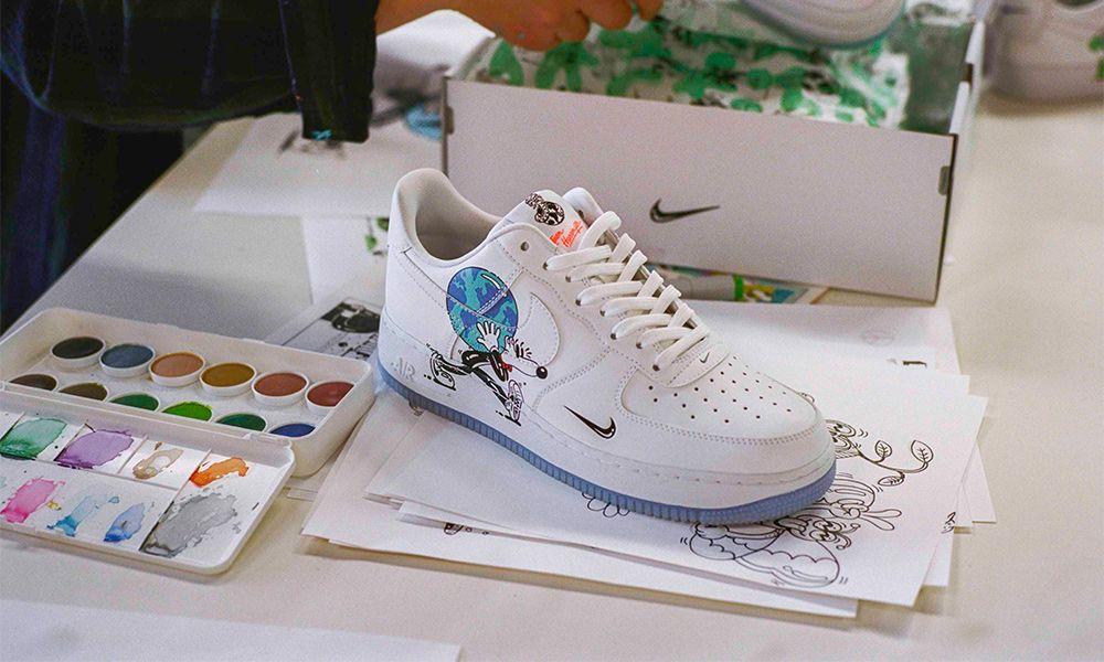 Rechazado Baño Línea de visión  The Steven Harrington x Nike Flyleather Collection Is Sustainable