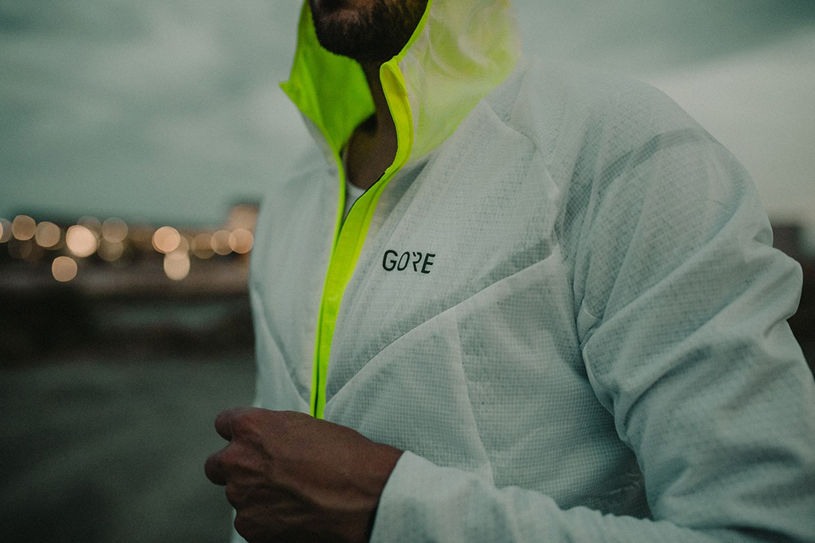 r5-gore-tex-infinium-running-jacket-05