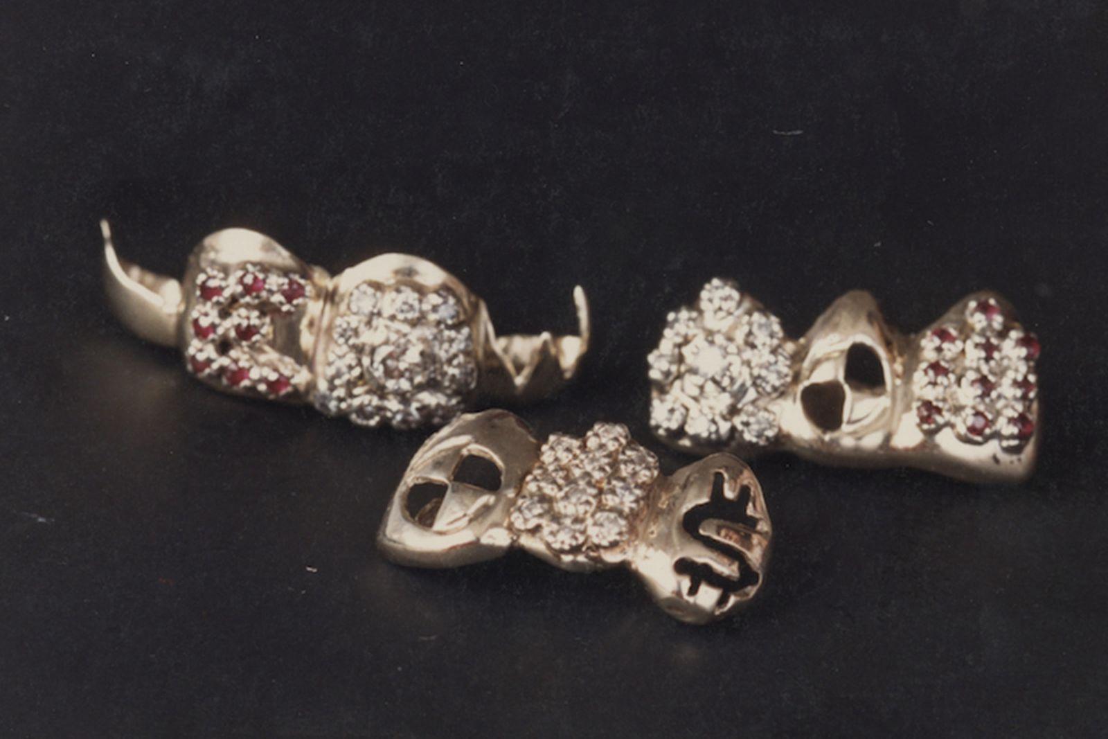 designer-grills-gabby-elan-jewelry-eddies-80s-teeth