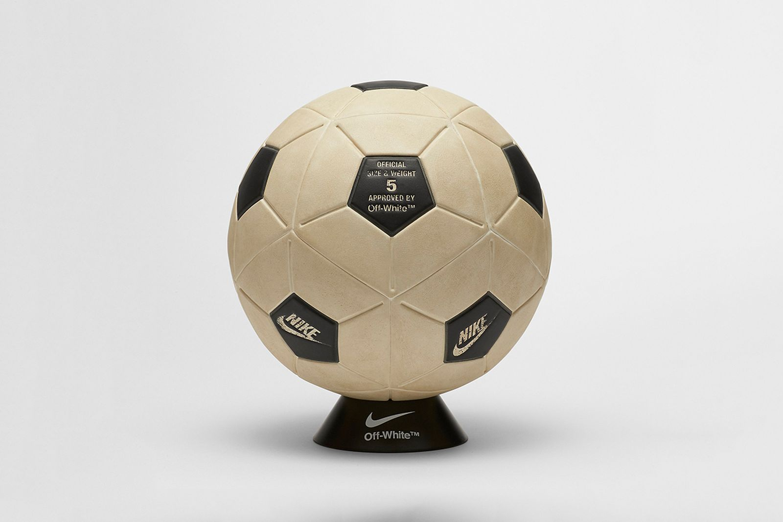 soccer ball 2018 FIFA World Cup Nike OFF-WHITE c/o Virgil Abloh