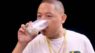 eddie huang hot ones