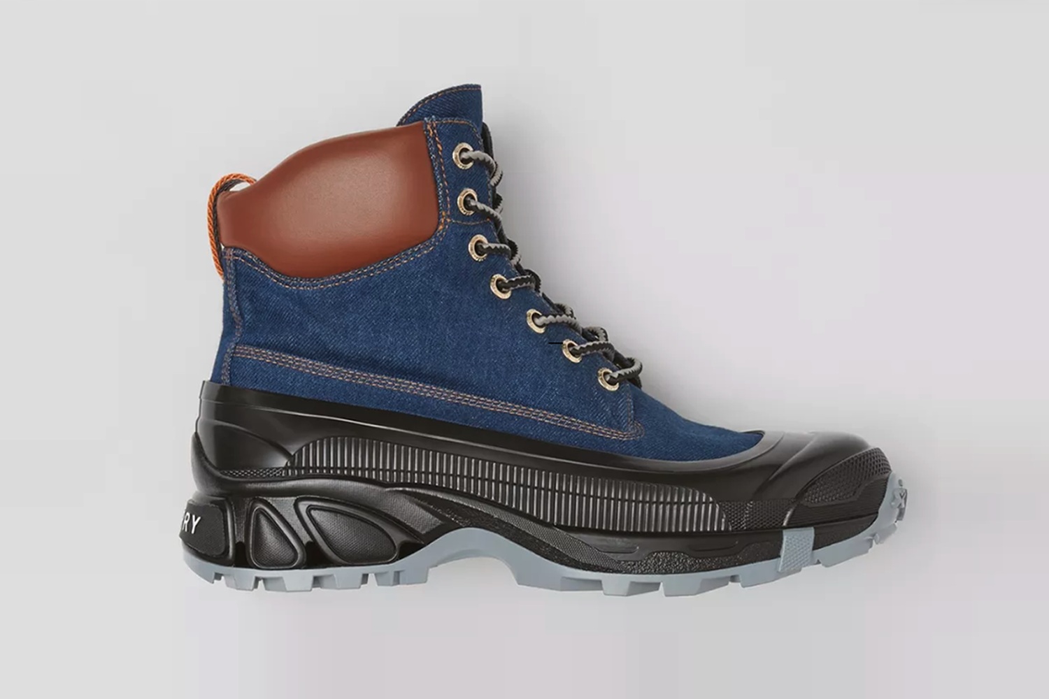Contrast Sole Boots