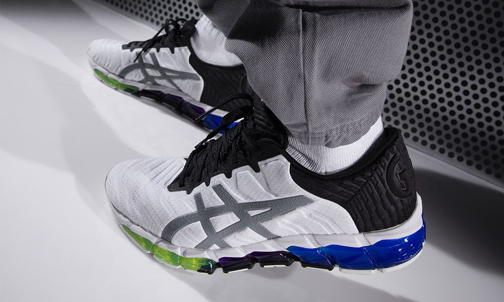 watch 404ee 2a870 Here's Your Best Look at ASICS' New GEL-QUANTUM 360 5