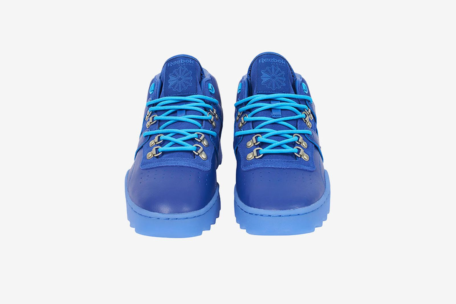 jugar pasillo mil millones  Palace x Reebok's Winter-Ready Sneaker Drops Tomorrow
