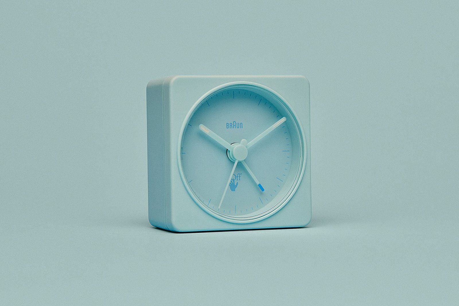 virgil-abloh-off-white-braun-alarm-clock-02