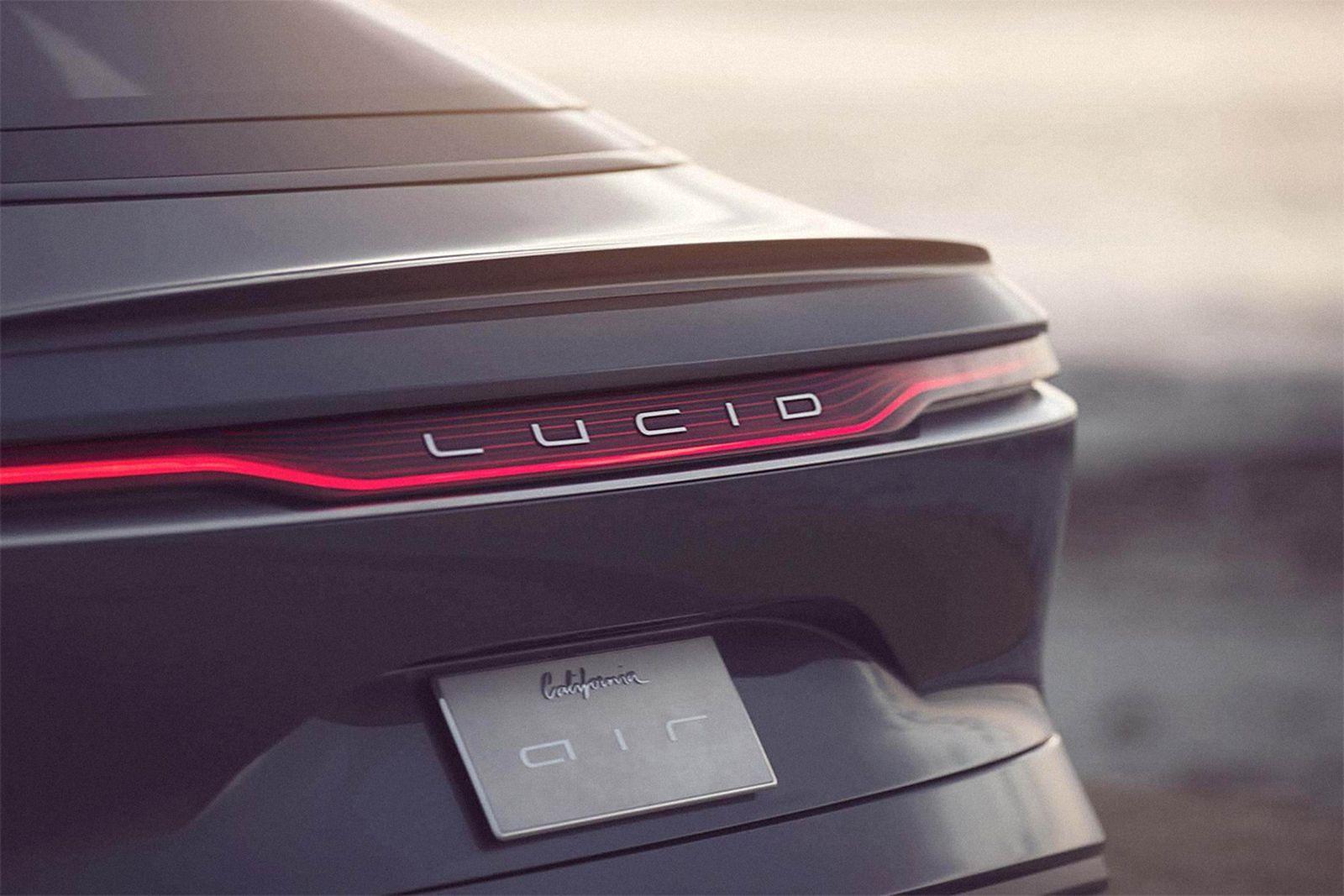 lucid-air-03