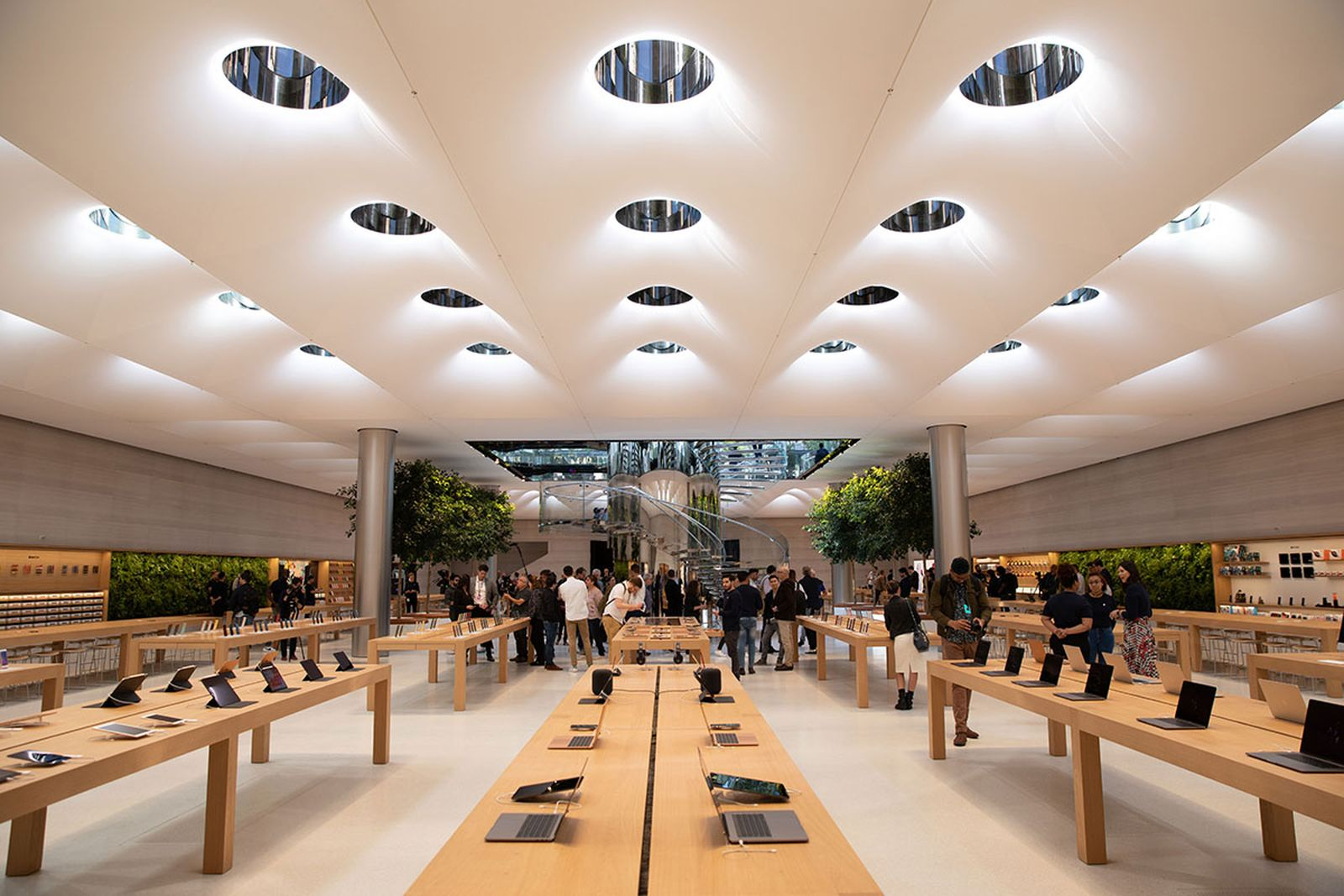 apple nyc cube store reopening apple store