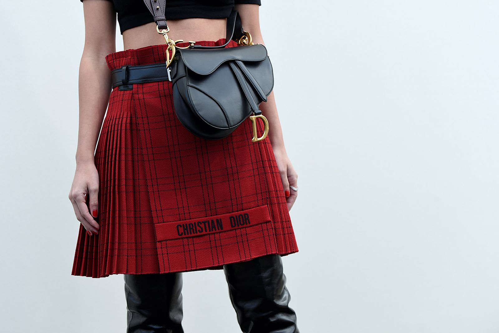 is buying vintage over Grailed dior