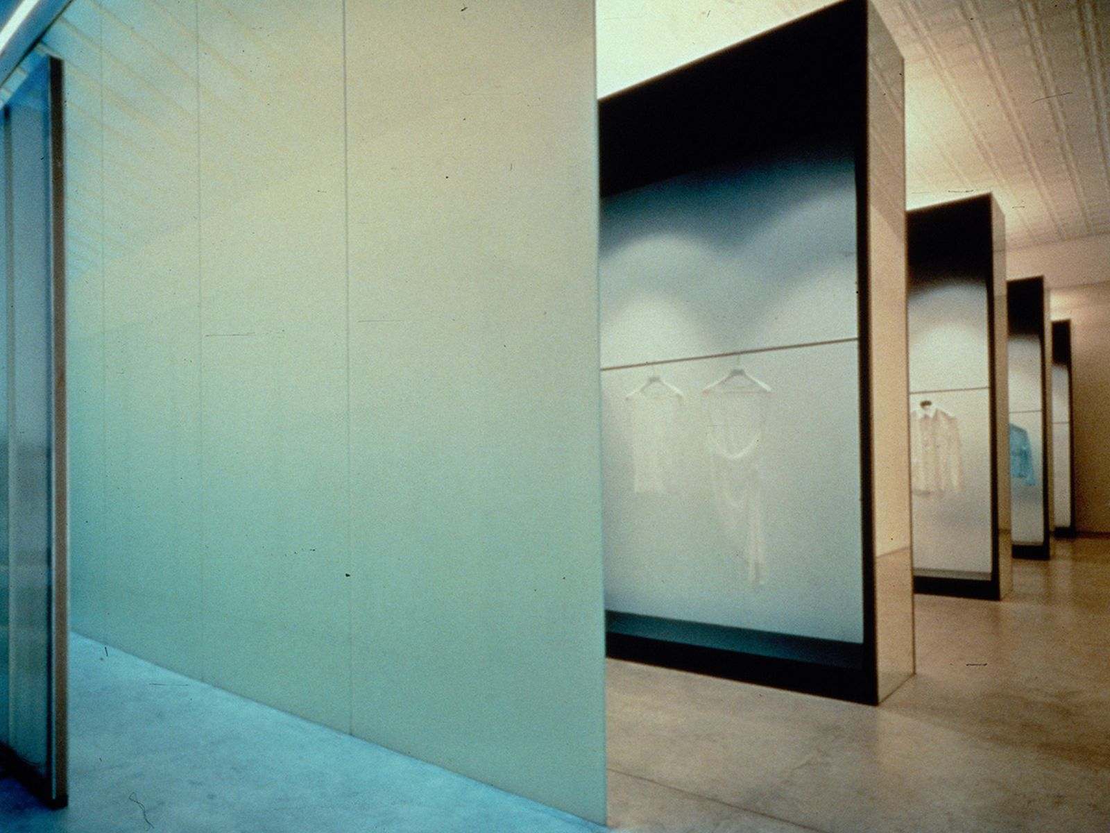 game-changers-best-store-interiors-changed-fashion-helmut-lang-flagship-05
