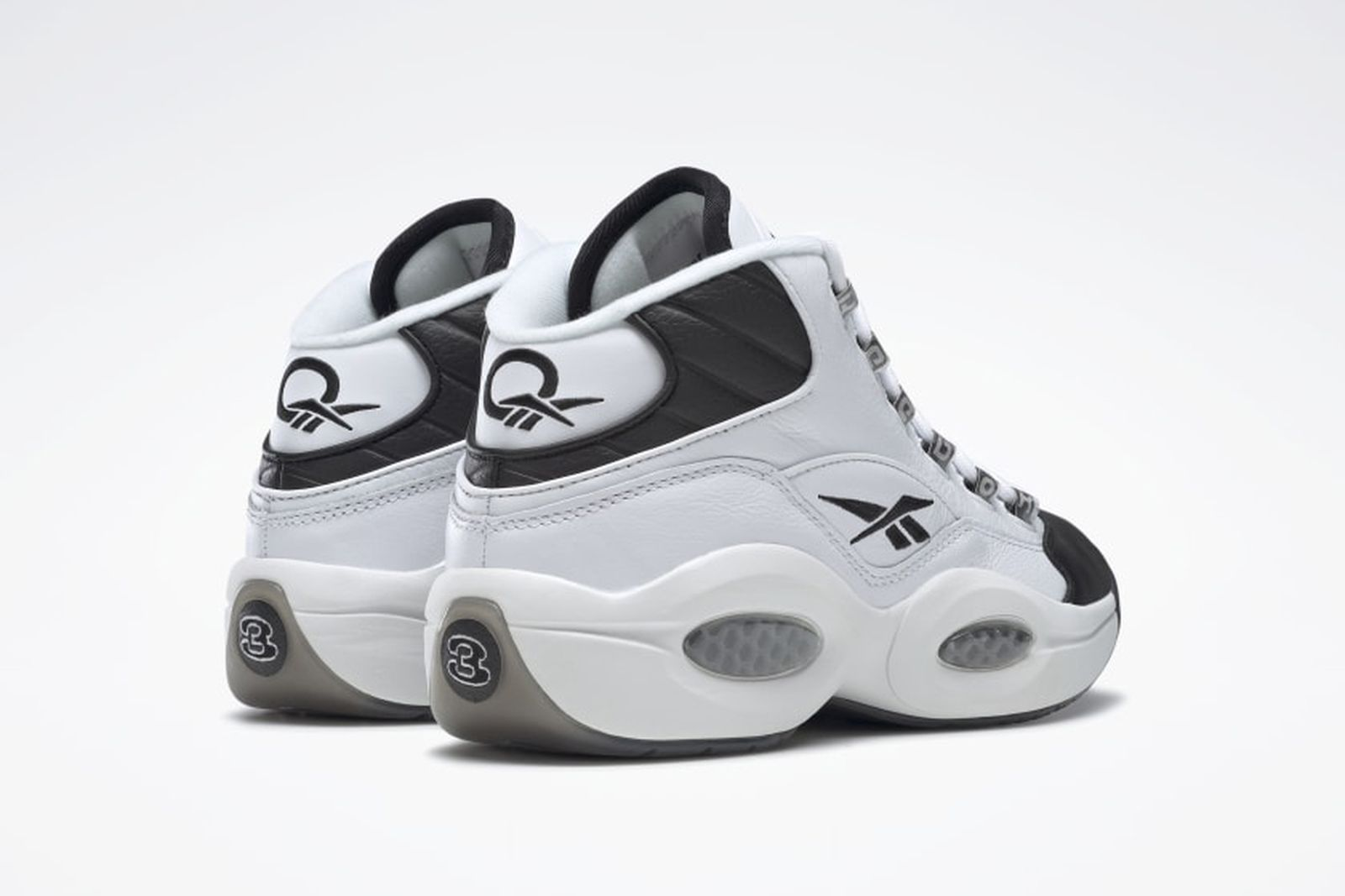 daily-sneaker-news-03-01-2021-2-03