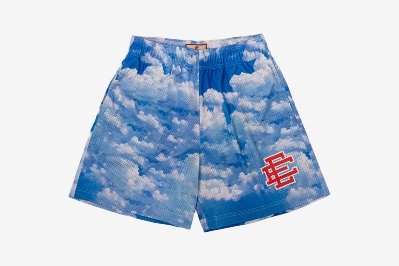 EE Basic Shorts Sky
