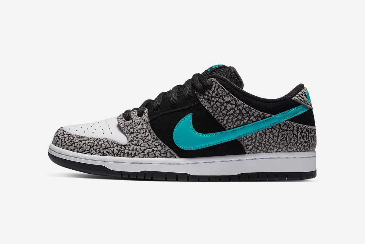 "Nike SB Dunk Low ""Elephant"""