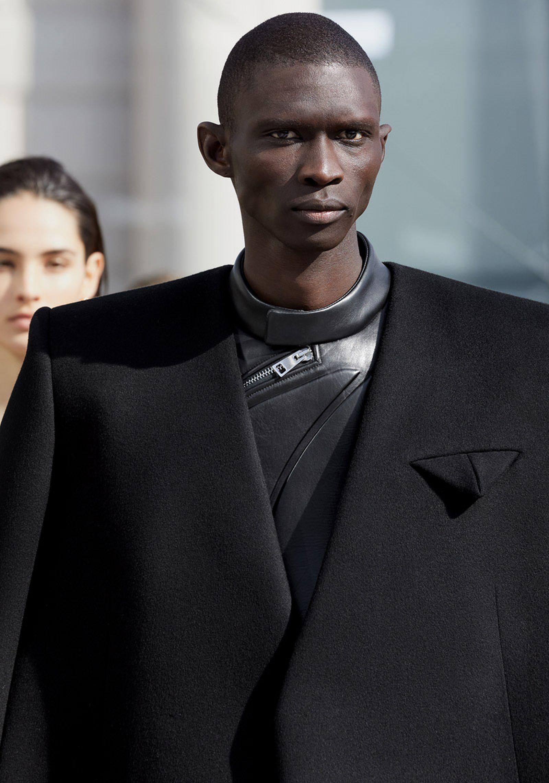 bottega-veneta-is-bringing-timeless-luxury-back-to-fashion-29