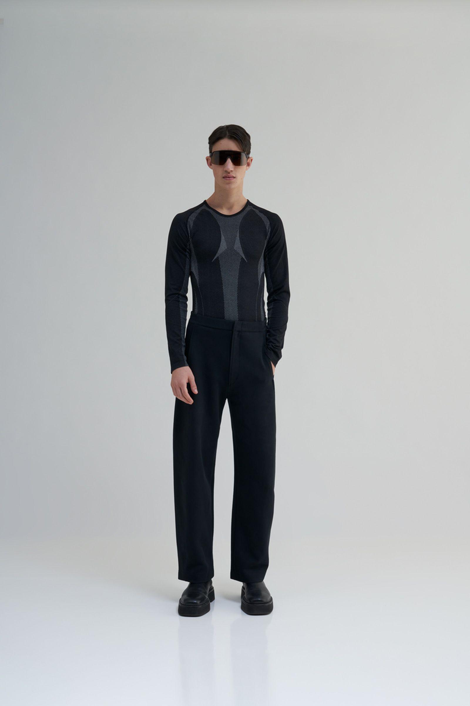 highsnobiety-oakley-sutro-lite-sunglasses-buy-6