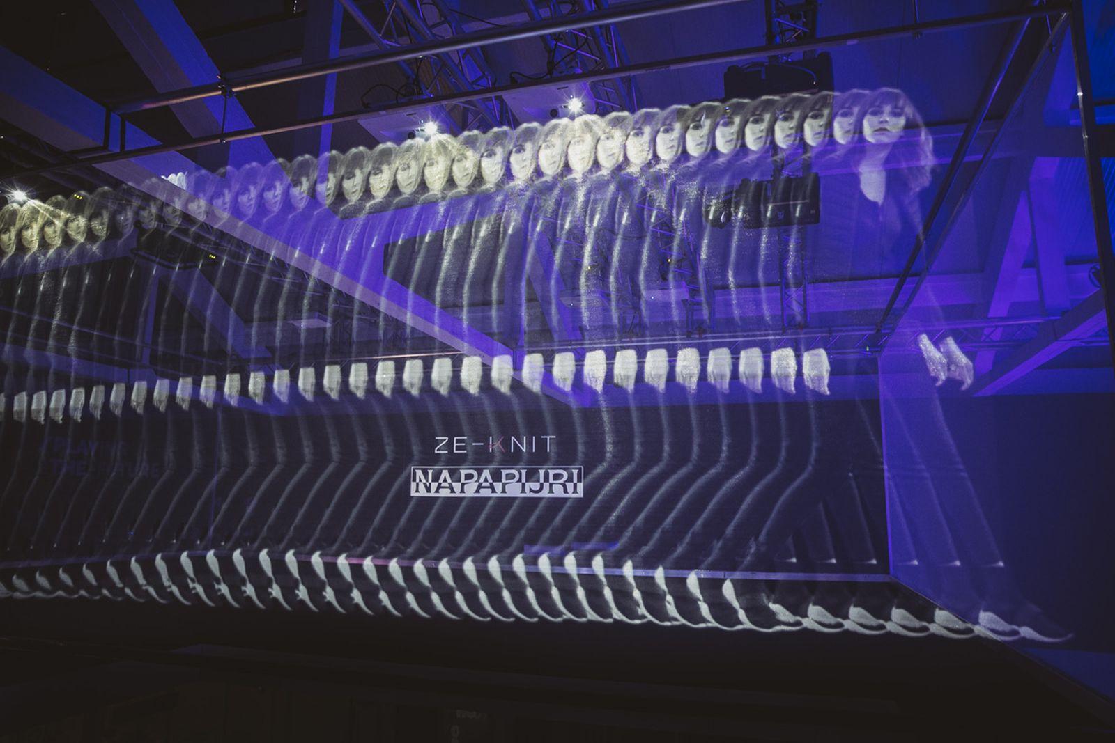 napapijri-futurehood-zeknit-31