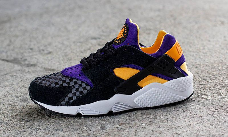 1fb743096ba29 Nike Air Huarache