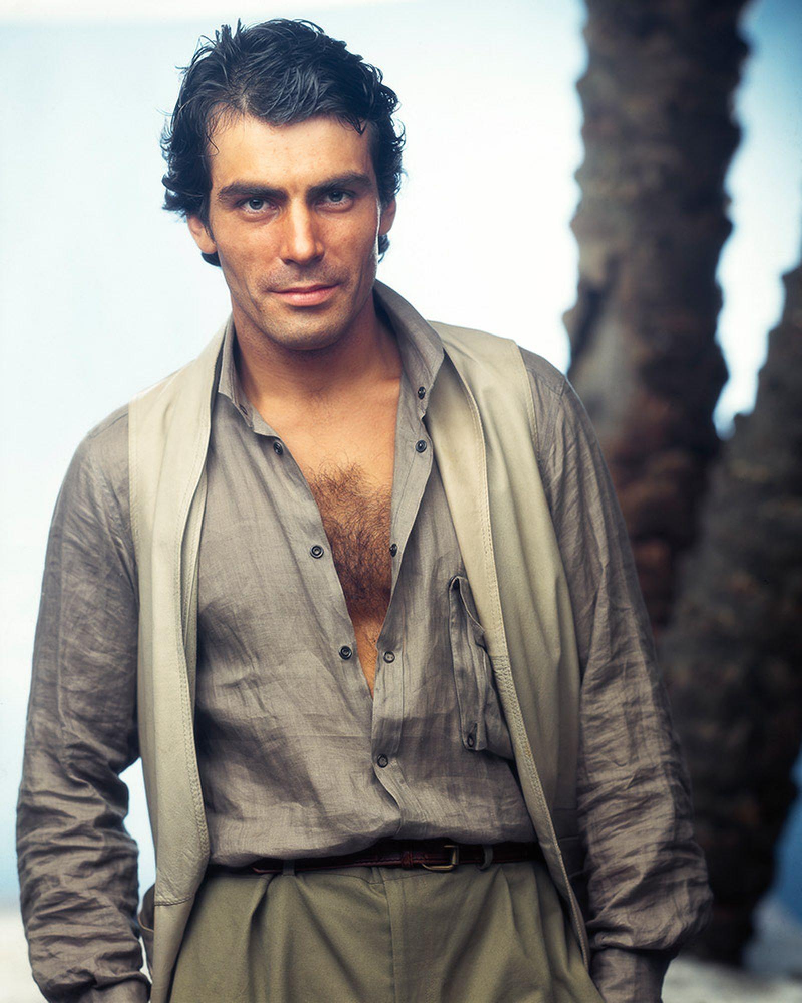 the-12-fashion-shows-that-changed-mens-fashion-giorgio-armani-ss-1976-05