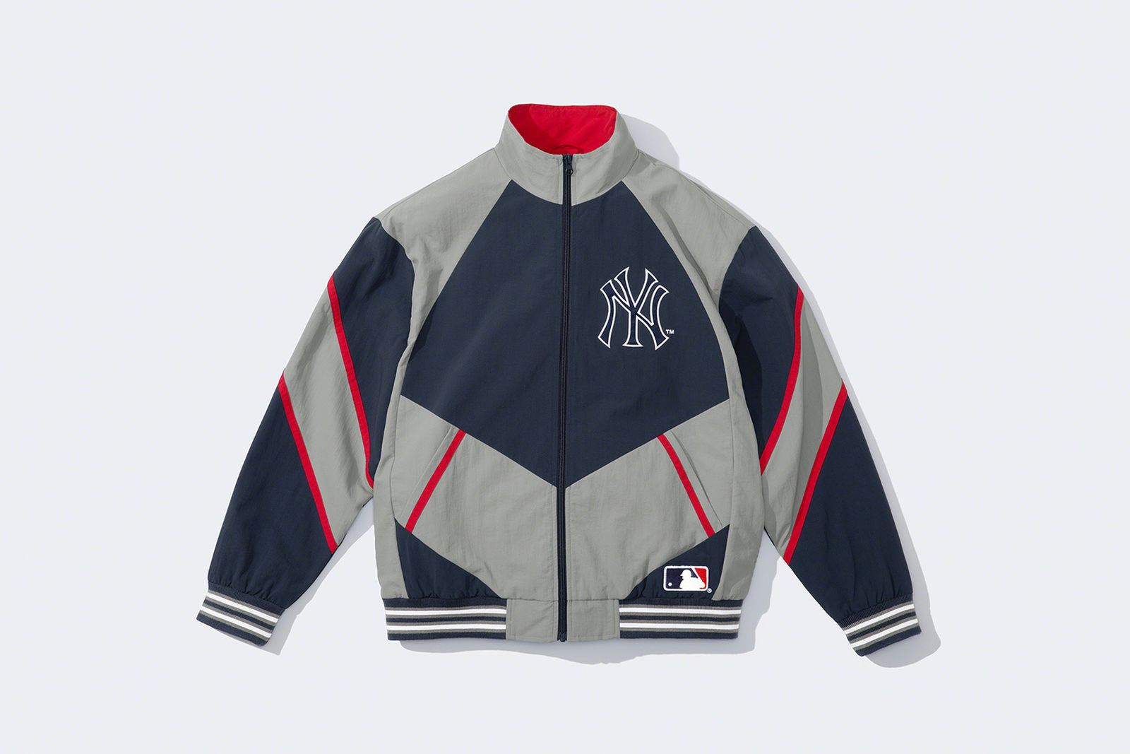 supreme-new-york-yankees-fw21-collection-9