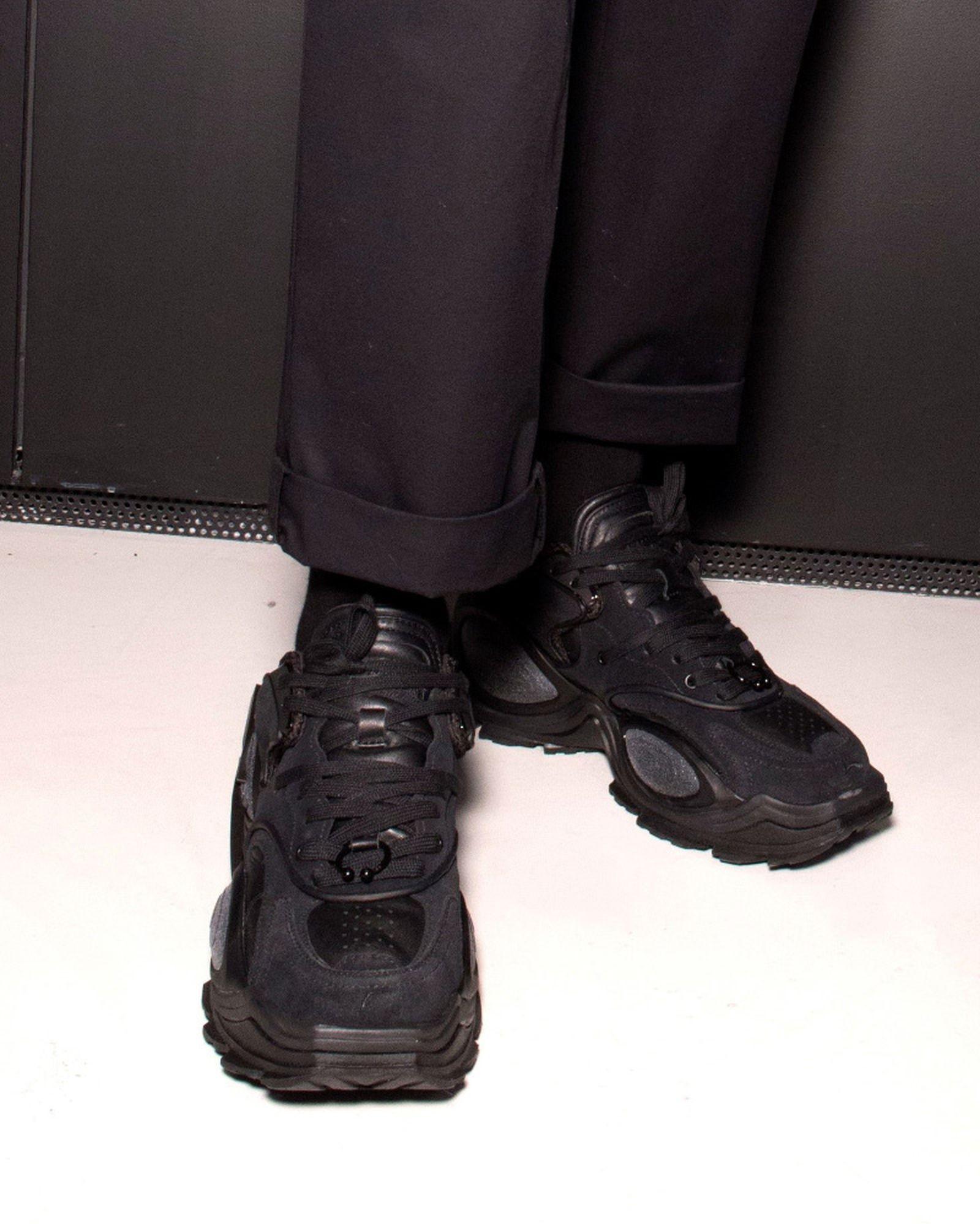 best-sneakers-fashion-week-fw20-li-ning-06