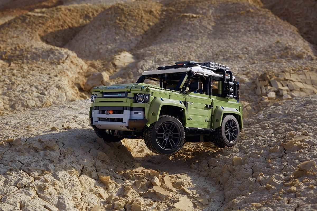 LEGO Land Rover Defender model green