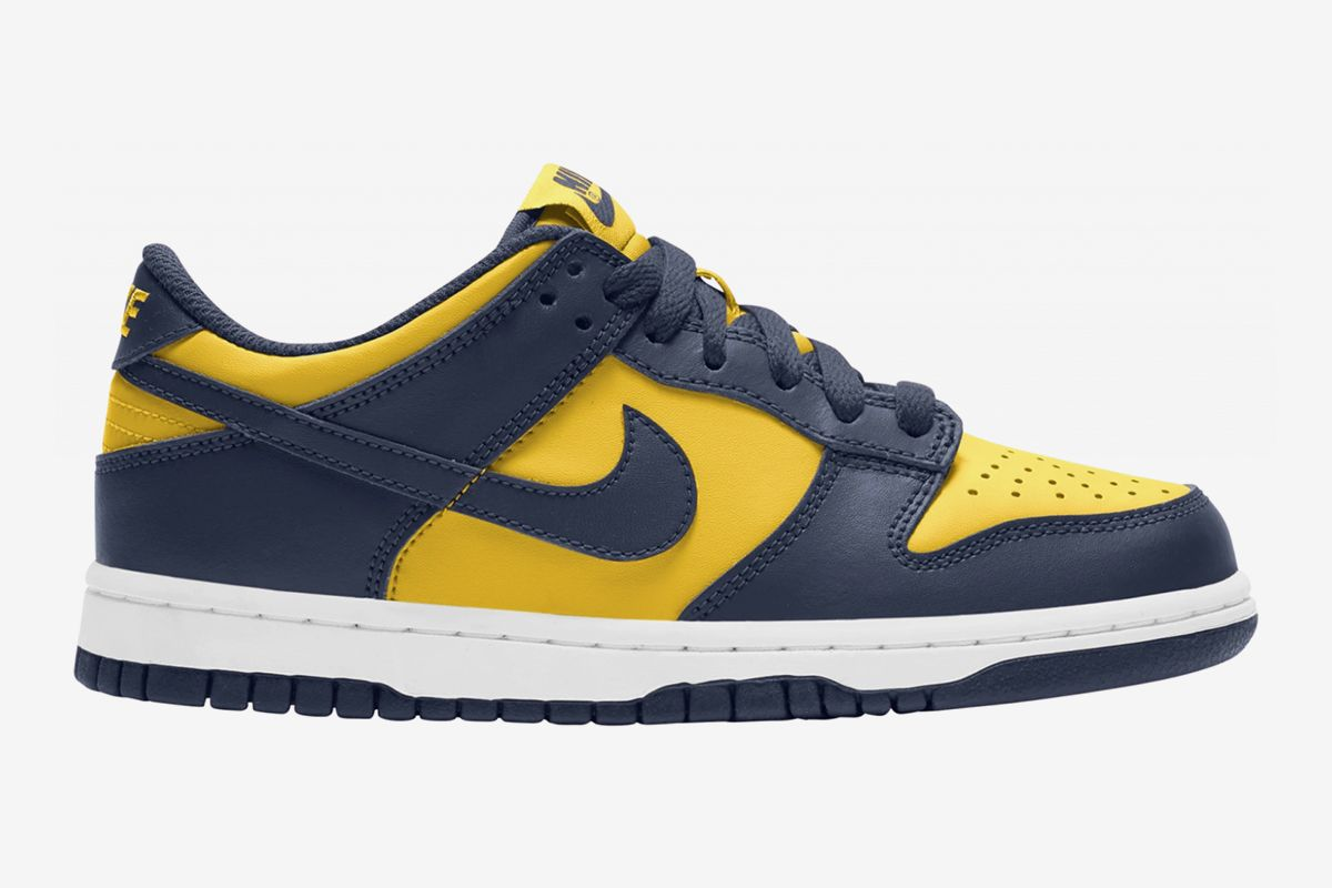 """Nike's Dunk Low """"Michigan"""" Doesn't Need a Virgil Zip-Tie 3"""