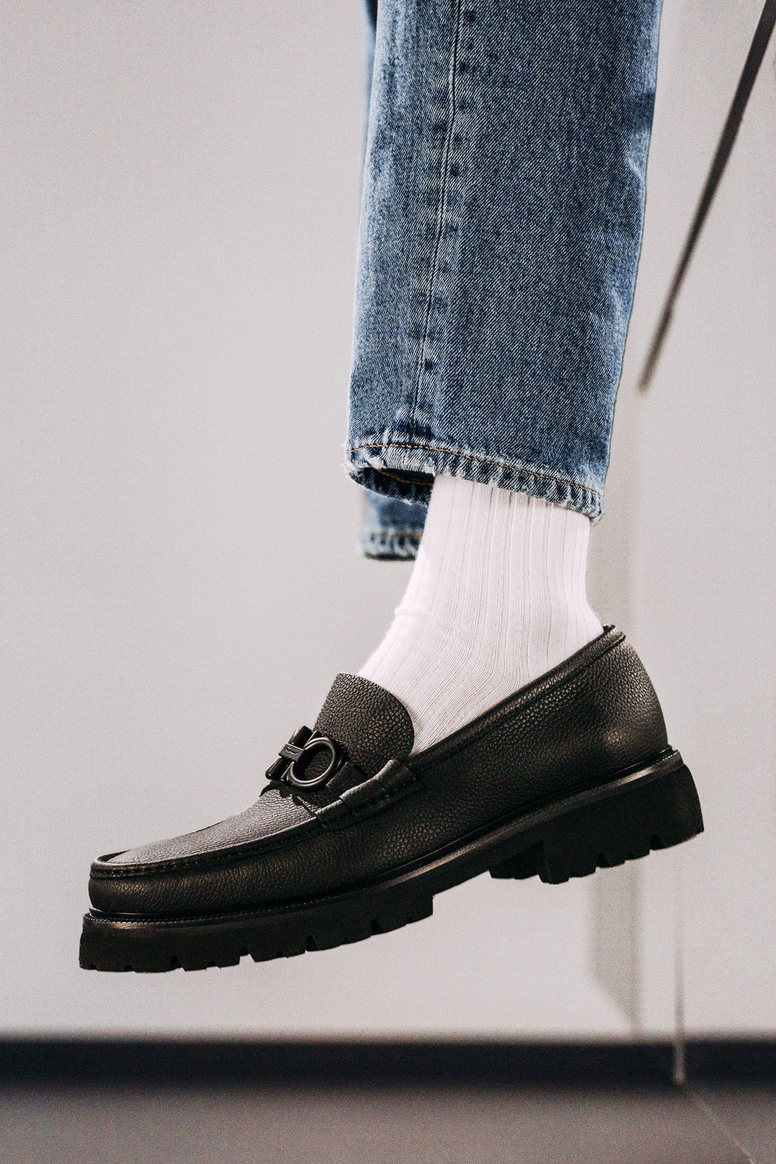 ferragamo-footwear-style-guide-15
