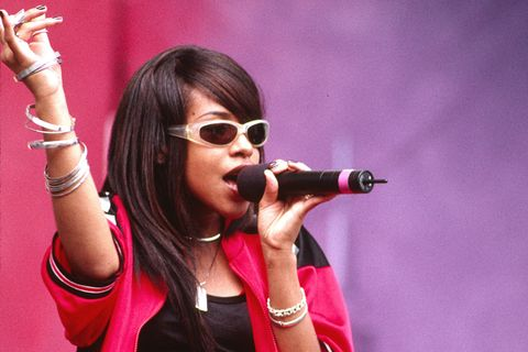 Aaliyah performing