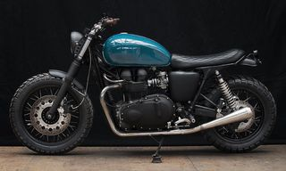 Triumph Thruxton 900 by Wrenchmonkees