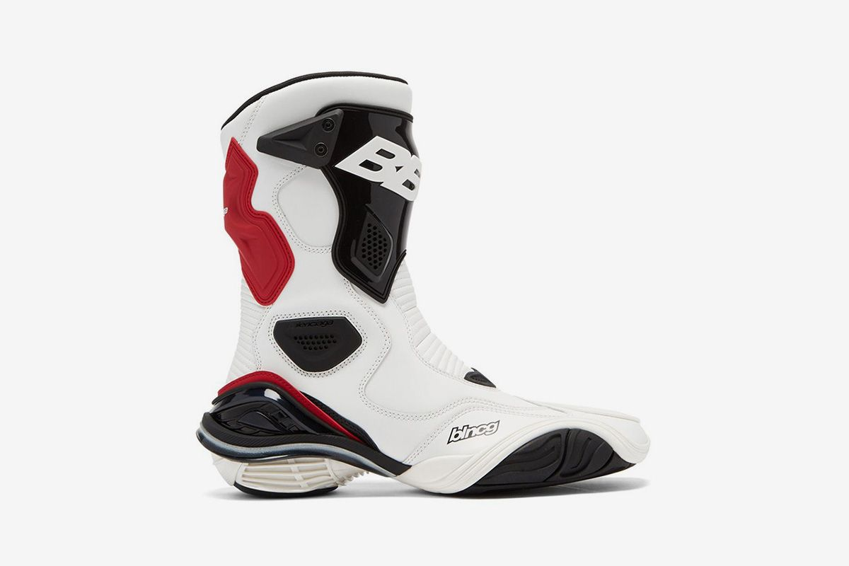 Balenciaga's $1,260 Motorcross Boots Are Too Clean to Get Dirty 3