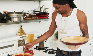 We Made Recipes From Snoop Dogg's New Cookbook For Thanksgiving, Here's How They Turned Out