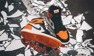 """The Story of MJ's Greatest Ever Dunk & the """"Shattered Backboard"""" Air Jordan 1"""