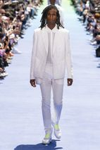 a95f6ad9625a Louis Vuitton SS19 Show  Here s What Went Down