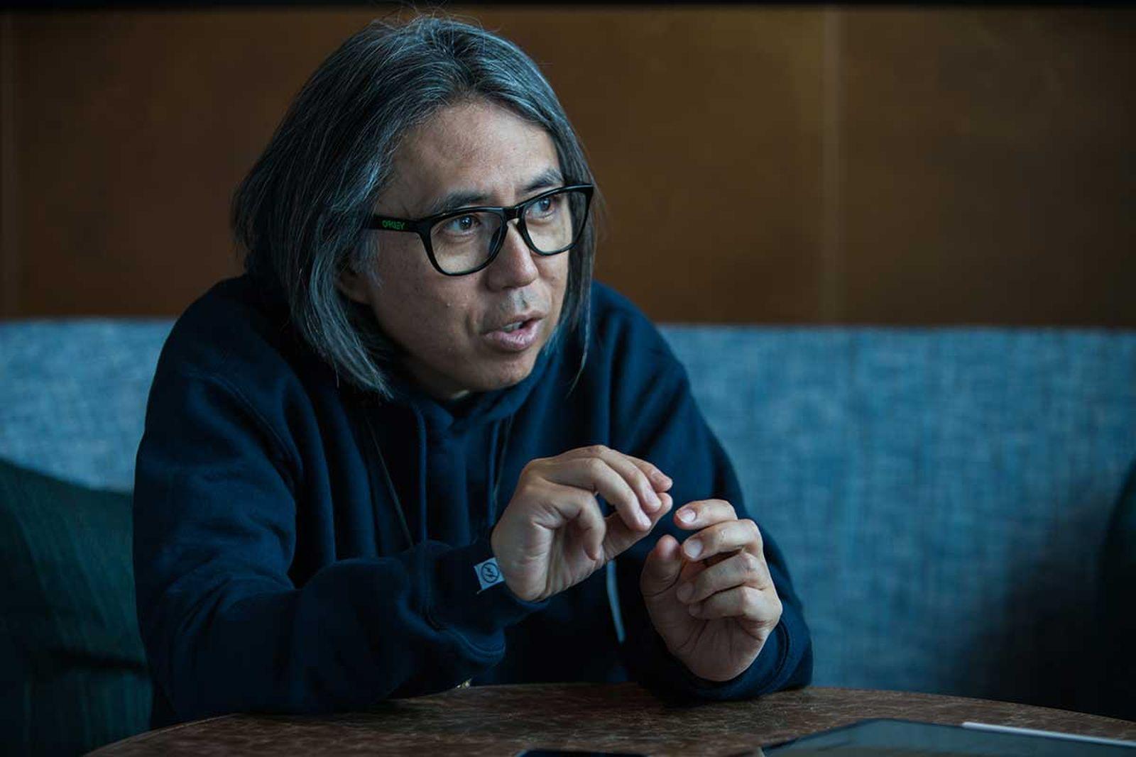 Hiroshi Fujiwara talking