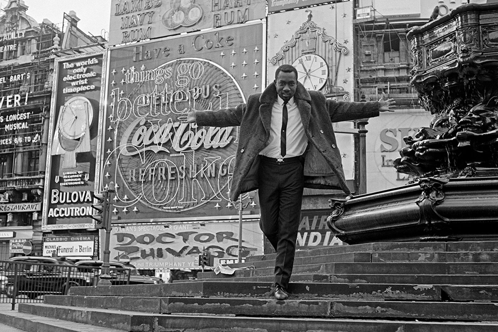 James Barnor, Mike Eghan at Piccadilly Circus