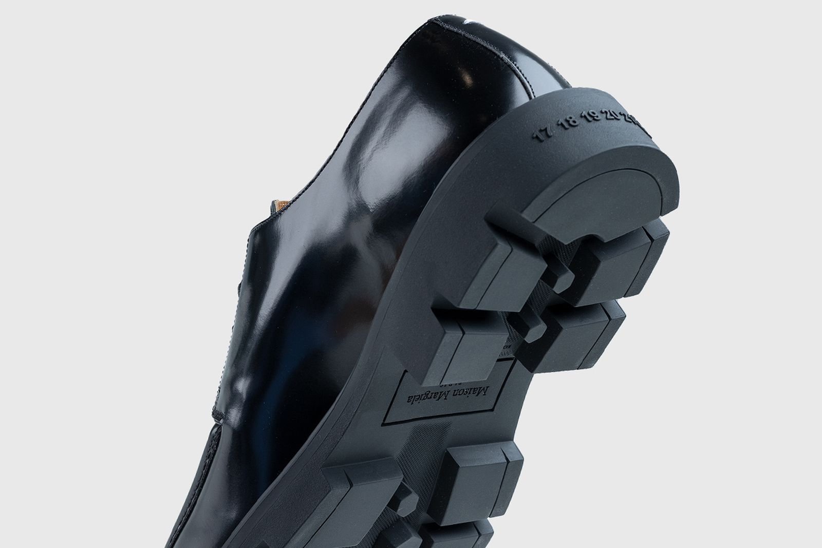 black-shoe-main