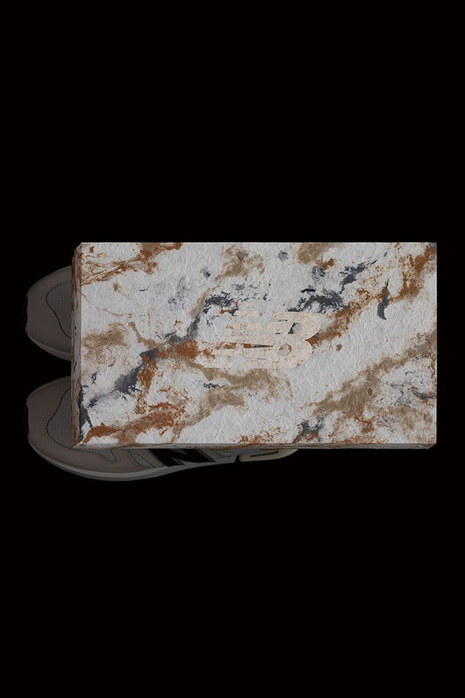 yoshihisa-tanaka-new-balance-shoebox-03