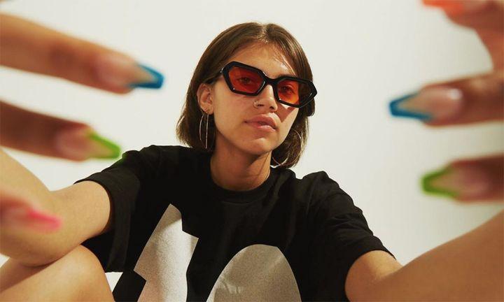 10.Deep AKILA sunglasses