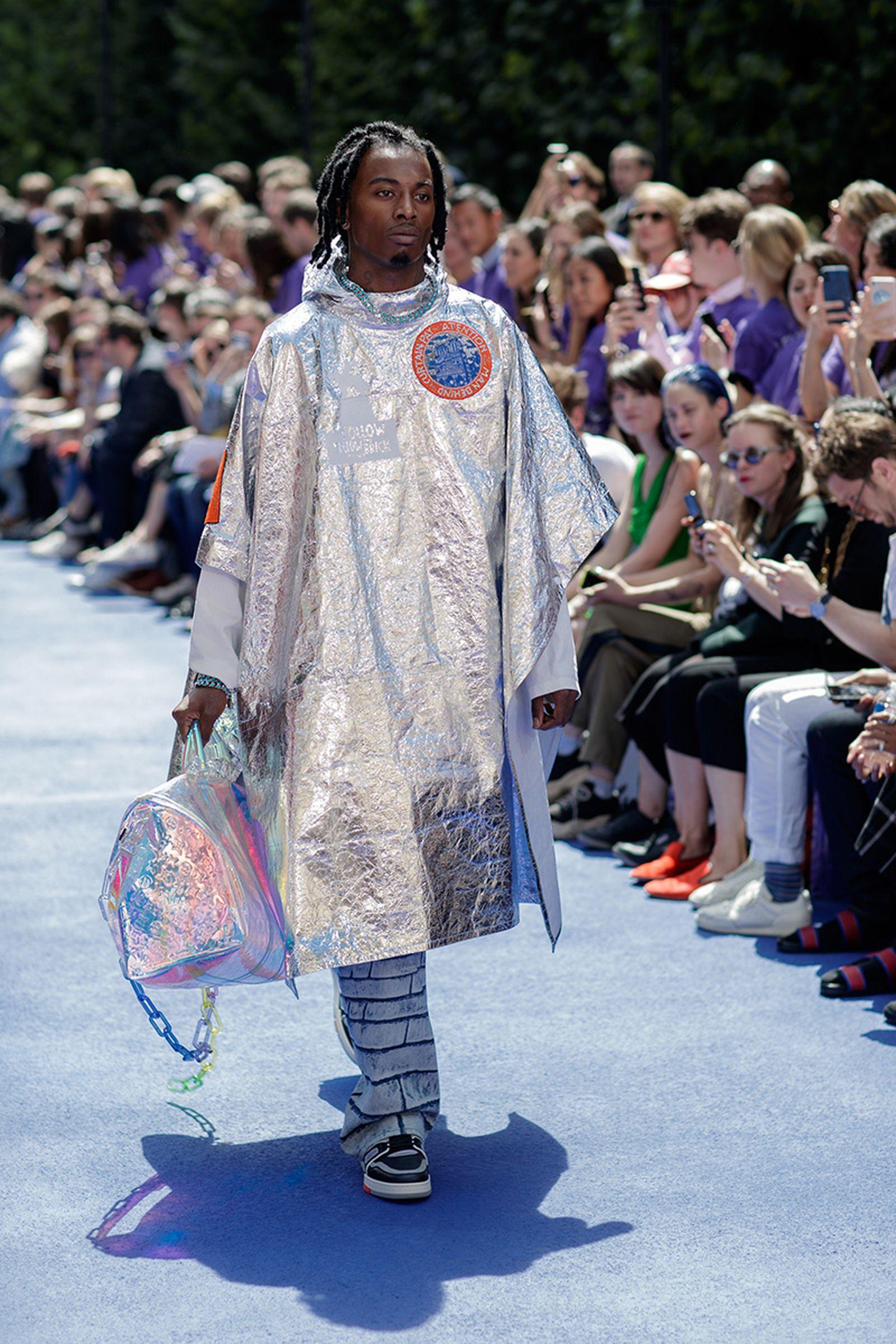 the-12-fashion-shows-that-changed-mens-fashion-louis-vuitton-ss19-07