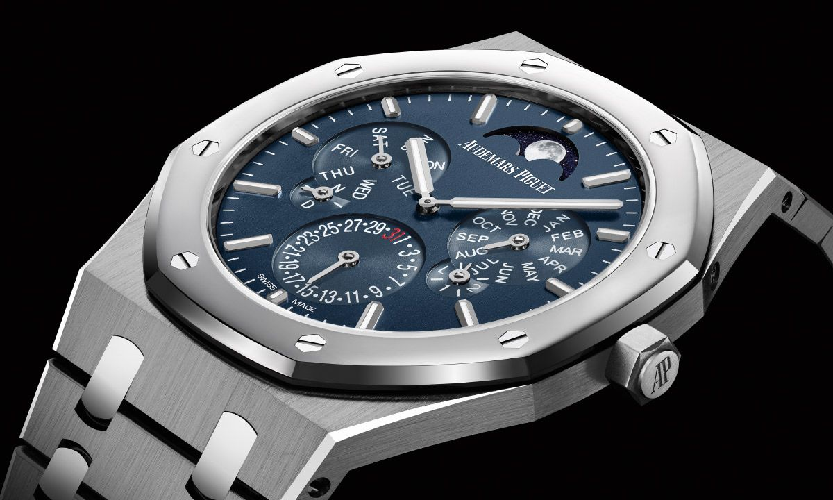 What You Need To Know About Audemars Piguet S Royal Oak Watch